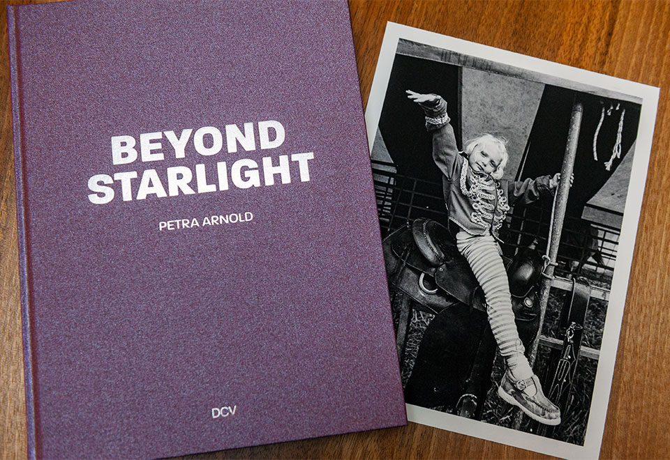 1-1-BEYOND-STARLIGHT-Collectors-Edition-9.jpg